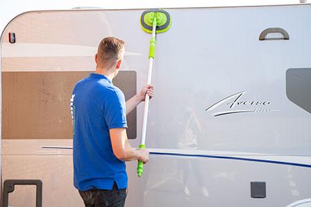 Hoe maak ik mijn caravan schoon