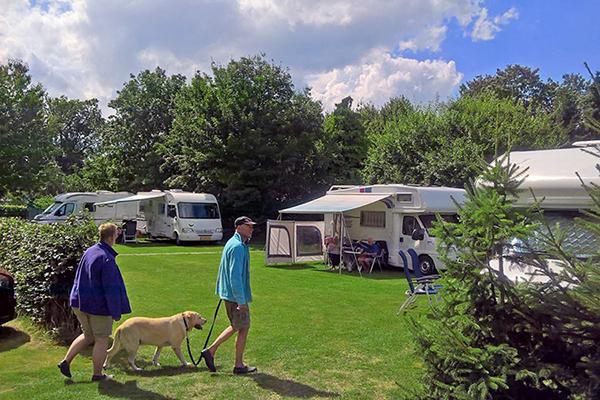 Alleen volwassenen camping